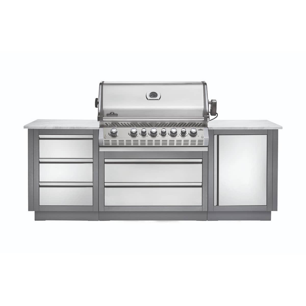 The Oasis 100 Grill Island With Prestige Pro 665 By Napoleon Provides A